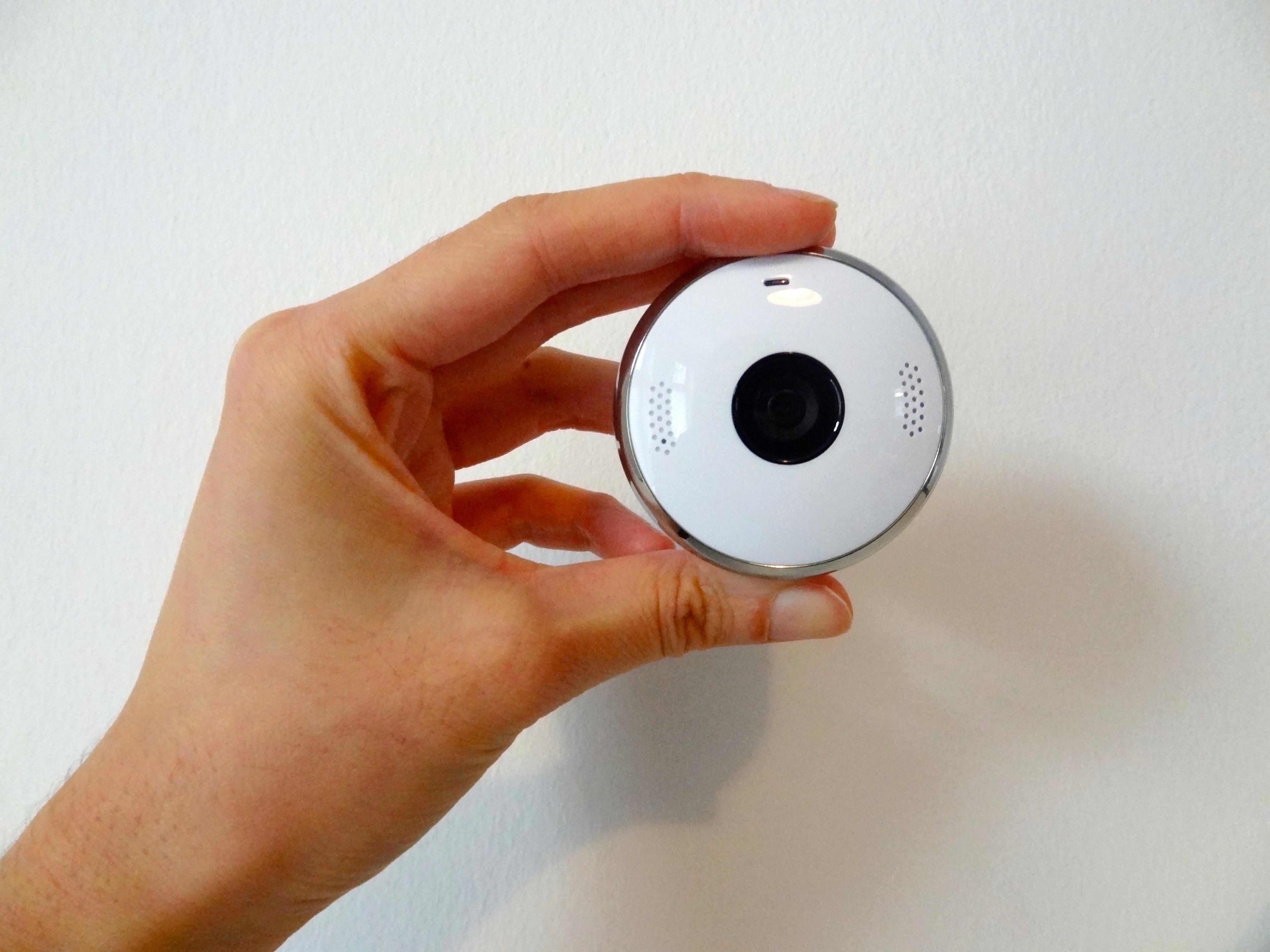 Small light-weight camera