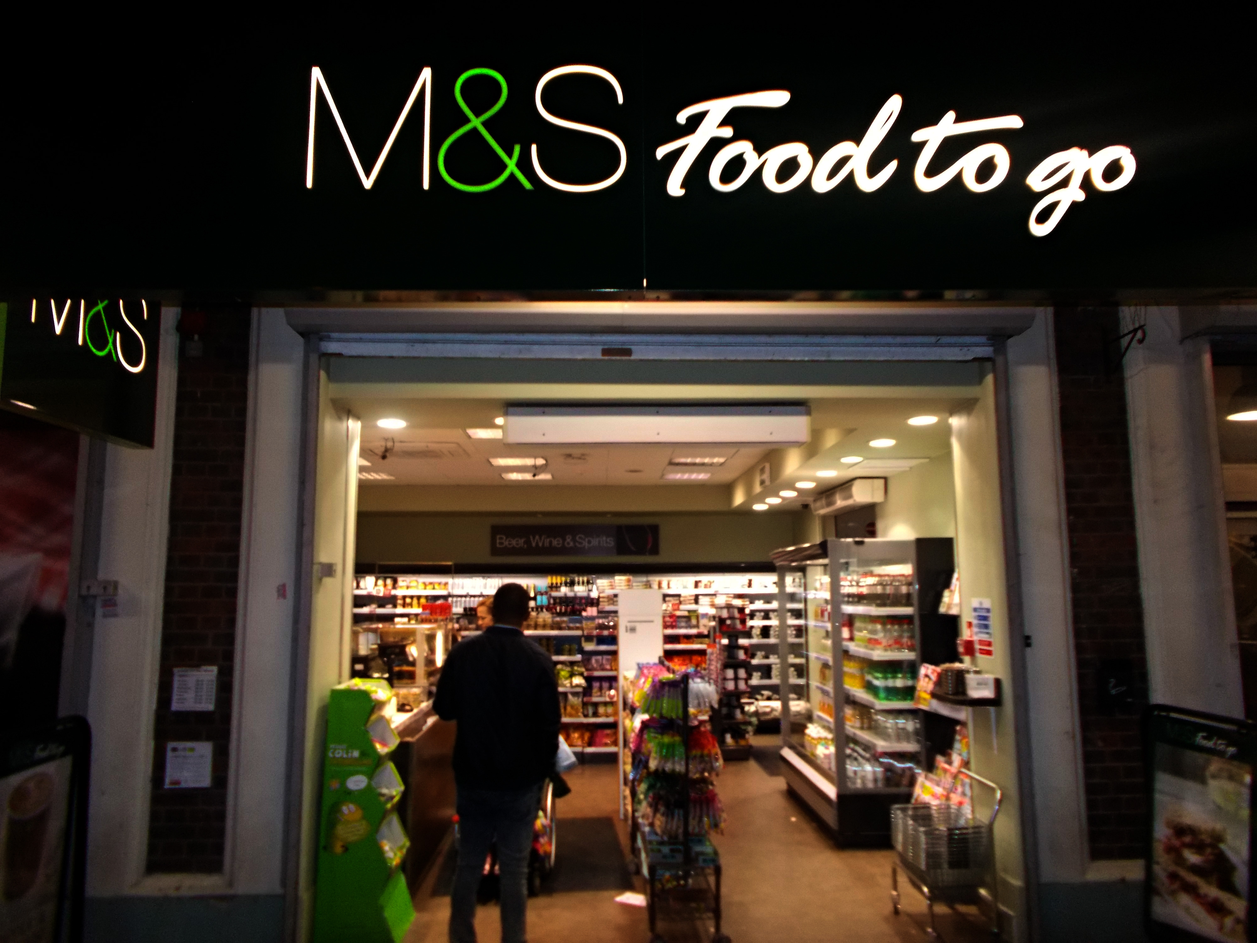 M&S_Food_to_Go,_SUTTON,_Surrey,_Greater_London